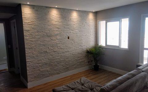 pedra canjiquinha na sala